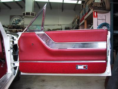 Thunderbird door trim 1964-66