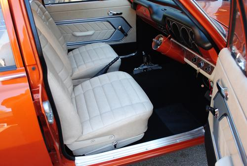 Lc torana sedan interior for Dash designs car interior shop