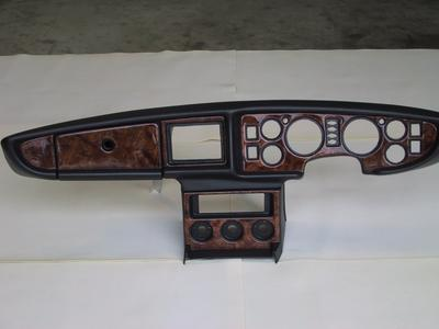 MGB - New Large Gauge dashboard with woodgrain