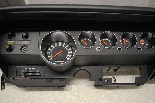 Dodge Challenger dash
