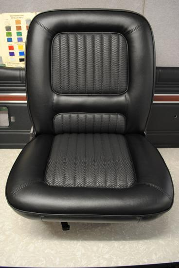 6XW GT Front Seat
