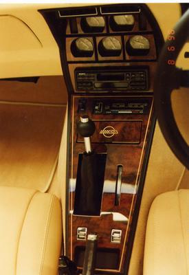 Corvette Interior - Console